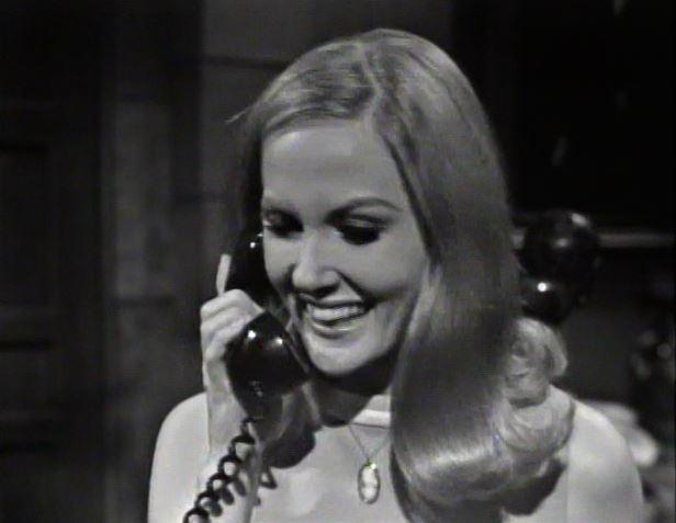 Carolyn on the phone with Joe_ep11