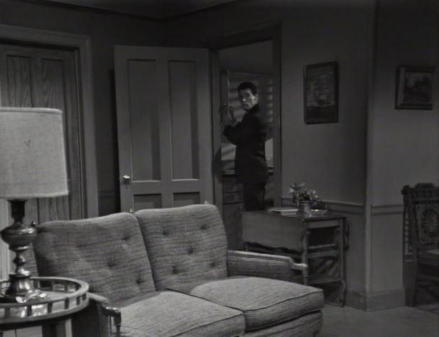 Avengers_teaser_Burke's room_Burke hears a knock at the door_ep69