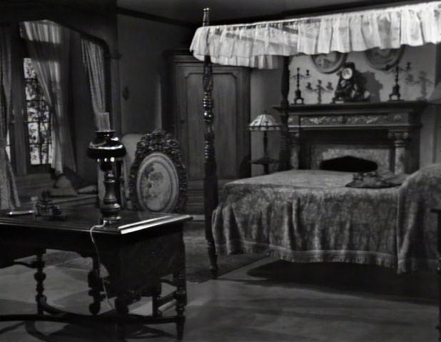 Dark Shadows_closing theme_Vicki's room_episode 72_ep72
